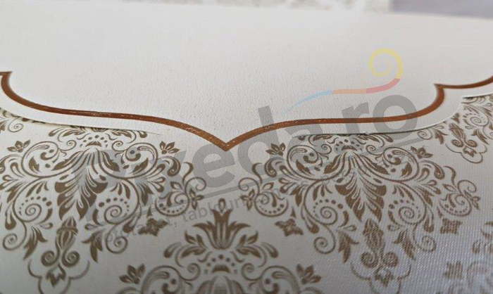 Imagine Invitatii nunta 5515 model elegant stil baroc auriu