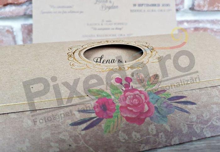 Imagine Invitatii nunta 5631 ramă aurie