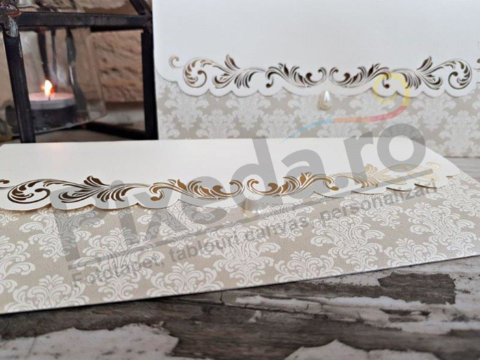 Imagine Invitatii nunta 2716 stil baroc cu perlă
