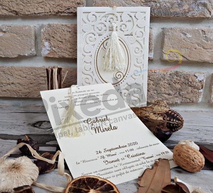 Imagine Invitatii nunta 2734 plic decupat stil dantelă