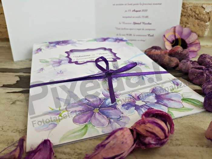 Imagine Invitatii nunta 2743 flori mov pictate