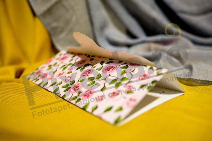 Imagine Invitatii nunta 230 trandafiri roz deschis