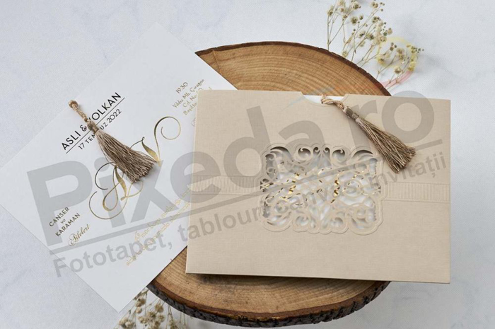 Imagine Invitatii nunta 1127 dantelă decupaj