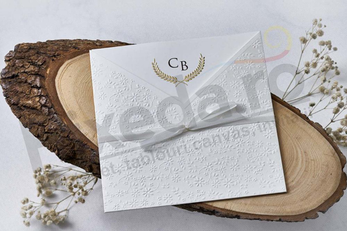 Imagine Invitatii nunta 1165 stil embosat cu model floral